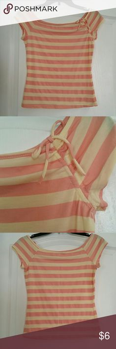 Forever21 top size M Cute and soft shirt, peach and light yellow color stripes. Adjustable bow. Good condition, no damage. 46% cotton, 46% polyester, 8% lycra Forever 21 Tops Tees - Short Sleeve
