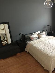 Dark grey accent wall. #darkgraywall #scandinavianinterior #bedroom