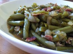 A Taste of Home Cooking: Restaurant Knockoff: Texas Roadhouse Green Beans-I made these the other night and they taste exactly like them, just substitute the sweet onion for red onion!  Husband and family loved them for Thanksgiving! Yum!!!!