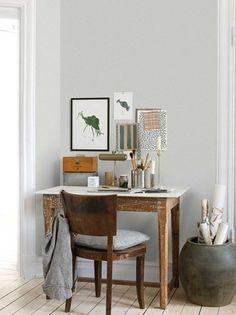 Tapetet Fragrance fra kolleksjonen Soft Feelings er designet av Emma von Brömssen og er en nydelig tapet i avdempede farger. Dette er en tapet i fiber som er enkel å henge.