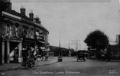 The Broadway / Railway Approach, possibly in the 1920s.