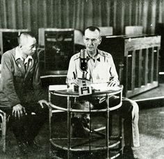 Wainwright announcing the surrender of American forces in the Philippine Islands, under supervision of a Japanese censor, Manila, Philippine Islands, 7 May 1942 - Pin it by GUSTAVO BUESO-JACQUIER Nagasaki, Hiroshima, Fukushima, Us Marines, Bataan Death March, Vietnam, Iwo Jima, Story Of The World, Total War