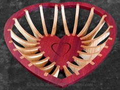 SLDK179 - Classic Collection Heart Basket