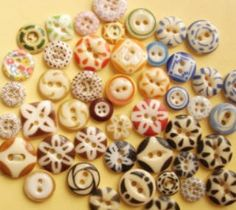 Pretty Old Ceramic buttons - great blog on buttons