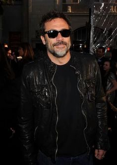 """Jeffrey Dean Morgan Photos - Actor Jeffrey Dean Morgan arrives to the premiere of Warner Bros. """"Clash Of The Titans"""" held at Grauman's Chinese Theatre on March 2010 in Los Angeles, California. - Premiere Of Warner Bros. """"Clash Of The Titans"""" - Arrivals Hilarie Burton, Jefferey Dean Morgan, Amc Walking Dead, Clash Of The Titans, Kenneth Branagh, John Winchester, Leo Love, Man Crush, Dimples"""