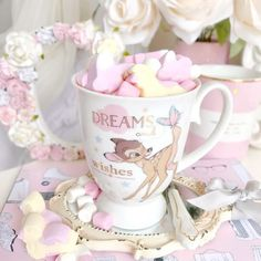 Image discovered by Krystle Burke. Find images and videos about pink, girly and disney on We Heart It - the app to get lost in what you love. Cute Disney, Disney Dream, Disney Mugs, Walt Disney, Disney Land, Pink Lila, Pink Bows, Mode Rose, Cute Mugs
