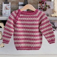 Babytrøje af alpaka Baby Cardigan Knitting Pattern Free, Baby Boy Knitting Patterns, Baby Sweater Patterns, Knitting For Kids, Baby Boy Sweater, Knit Baby Sweaters, Punto Fair Isle, Knitted Booties, Crochet Baby