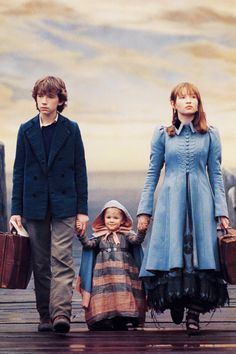 A Series of Unfortunate Events. I wish they had made the rest of the movies. Such a good book series                                                                                                                                                                                 Mais