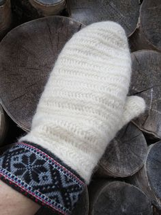 White mittens nålbindning-handwoven ribbons by ArcticLightCrafts on Etsy