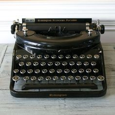 Typewriter. Black Remington Noiseless Portable Typewriter. Industrial. Antique Typewriter. Home Decor. Office. Library. Study. Vestiesteam.