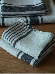 Linen towels with charcoal stripes
