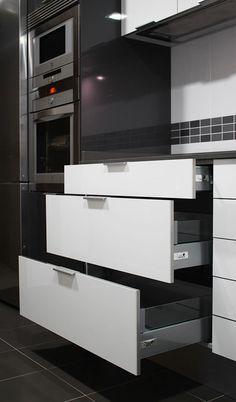 Dise o cocina espacio interior modelo para fabricar en for Muebles de cocina getafe