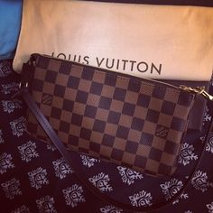 Louis Vuitton Pochette accessories nm Brand new. Used once. Comes with receipt box dust bag and tags! ️️ welcome Louis Vuitton Bags Mini Bags