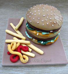 """Amburguesa"". Hamburger cake design."
