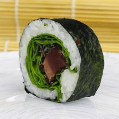 How to make seared tuna sushi rolls - Learn how to create stunning sushi dishes with the guidance of self-taught sushi chef, Davy Devaux.