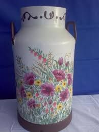 paragueros pintados a mano - Buscar con Google Decoupage, Painted Milk Cans, Milk Pail, Old Milk Cans, Painted Rocks, Hand Painted, Galo, Vintage Dishes, Tole Painting