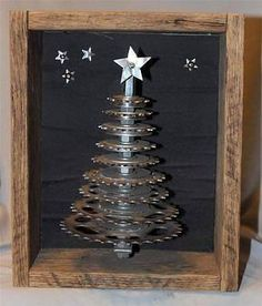 Antique Industrial Old Vintage Metal Bicycle Gear Christmas Tree Steampunk Decor. Love some of the steampunk stuff ! Christmas Tree Crafts, Rustic Christmas, Holiday Crafts, Christmas Decorations, Christmas Ornaments, Holiday Decor, Christmas Christmas, Bicycle Crafts, Bike Craft