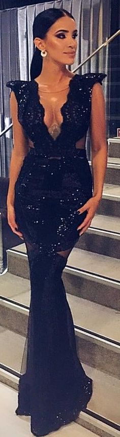 CRISTALLINI #EveningDress #RedCarpet #Prom #BlackDress #Sequins