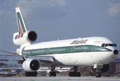 Alitalia Airlines, Tupolev Tu 144, Old Planes, Boeing 747, Concorde, Airplanes, Aviation, Aircraft, Wings