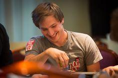 Le Team Pro Guillaume Diaz #Winamax #SISMIX #poker #music #festival. Crédit photo: Caroline Darcourt