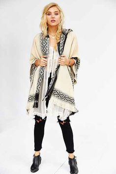 Ecote Blanket Poncho Jacket - Urban Outfitters