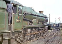 'Castle' class no.4079 'Pendennis Castle' moving off Swindon shed. 26 April 1964 | Flickr - Photo Sharing!
