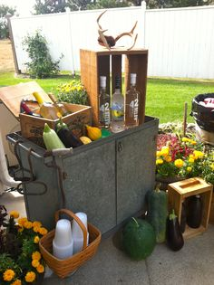 "Fun outdoor ""bar cart"""