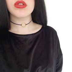 90er Leder Gold Kreis Choker Halsband Kette von ShemonsterVintage