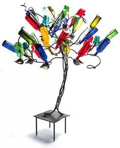 Bottle Tree by #Mississippi artist, Stephanie Dwyer for BourbonandBoots.com #weird #spastic