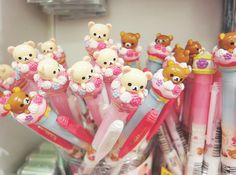 Korilakuma and rilakkuma pens Rilakkuma, Japanese School Supplies, Cool School Supplies, Japanese Stationery, Kawaii Stationery, Cute Crafts, Diy And Crafts, Kawaii Planner, Kawaii Pens