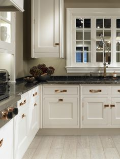 Christopher Peacock Kitchens cabinet style, toekick [christopher peacock] | *kitchens