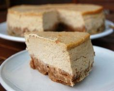 Roomkaastaart met speculaas (Needs translating from dutch) Sweets Cake, Cupcake Cakes, Flan, No Bake Desserts, Dessert Recipes, Netherlands Food, Birthday Snacks, Pudding, Cheesecake Recipes