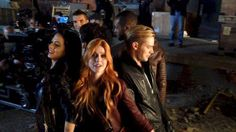Image shared by bruxa espacial. Find images and videos about shadowhunters, the mortal instruments and tmi on We Heart It - the app to get lost in what you love. We Heart It, Isaiah Mustafa, Trust Fall, Dominic Sherwood, Abc Family, Cassandra Clare, The Mortal Instruments, Tv, Find Image