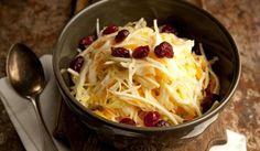 Kaalisalaatti | #maajakotitalousnaiset #resepti #kaali #salaatti Cabbage, Vegetables, Food, Essen, Cabbages, Vegetable Recipes, Meals, Yemek, Brussels Sprouts
