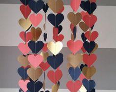 Mobile en papier en forme de coeur. Marine or doré corail. Décoration chambre bébé. Décoration mariage. Décoration shower de bébé