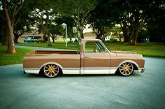 Viewing Auction #271104394017 - 1972 Chevy C10, Resto-Mod,Bagged ...
