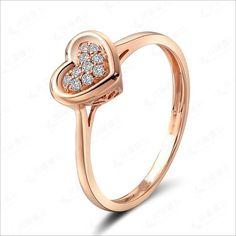 Stunning Heart Shape Diamond Engagement Ring on 18k Rose Gold