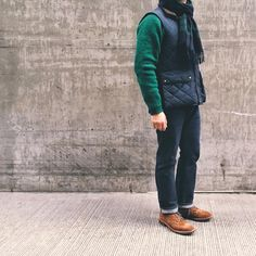 Green✔️ Navy✔️ Tan✔️  Sweater: O'Connell's + Vest: Polo Ralph Lauren + Scarf: Begg & Co + Jeans: Omnigod + Boots: @BrickMortarSeattle Alden Snuff Suede Wingtip Boot