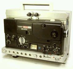 Super 8 projector Radio Antigua, Movie Projector, Movie Camera, Vintage Tools, Radios, Freeze, Computers, Lenses, Technology