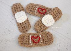 Repeat Crafter Me: Crochet Band-Aid Tutorial ✿⊱╮Teresa Restegui http://www.pinterest.com/teretegui/✿⊱╮