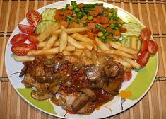 Slovakian Food, Zeina, Kung Pao Chicken, Bon Appetit, Food And Drink, Cooking Recipes, Sweets, Beef, Ethnic Recipes