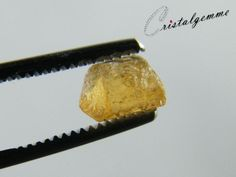 Cristal de topaze impériale de 3.15 carats