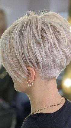 Pixie Haircut For Thick Hair, Short Choppy Hair, Short Thin Hair, Short Grey Hair, Haircuts For Fine Hair, Short Pixie Haircuts, Short Hair With Layers, Cute Hairstyles For Short Hair, Short Hair Cuts For Women