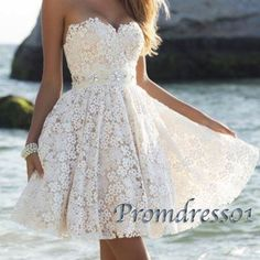 Creamy lace sweetheart mini prom dress for teens