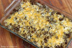 How to make Hamburger Casserole. How to make Hamburger Casserole {Easy Recipe} - Eating On A Dime. Looking for easy casserole recipes? Make the best hamburger casserole recipe you will ever need. Best Hamburger Casserole Recipes, Easy Casserole Recipes, Oven Recipes, Cooking Recipes, Easy Hamburger Meat Recipes, Easy Recipes, Hamburger Soup, Steak Recipes, Casserole Dishes