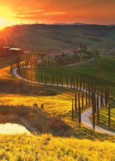 Sunset over #Tuscany #Beauty #Italy #travel #europe #Monday