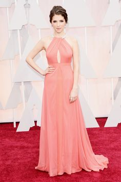 Anna Kendrick in Siesta Rose at the Oscars. See this hue in a paint color with the PPG Voice of Color Siesta Rose shade http://www.ppgvoiceofcolor.com/digital-color/paint-colors/siesta-rose-ppg1188-5
