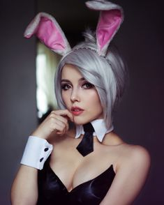 #HappyEaster everyone!! this is the only rabbit pic I've got #rabbit #cosplay #battlebunnyriven #rivencosplay #leagueoflegendscosplay #leagueoflegends #riotgames by lokis_godness