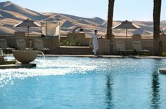 Looking for the Anantara Qasr al Sarab Desert Resort Abu Dhabi ? Check our special offers and deals on our collection: My Boutique hotel Abu Dhabi Abu Dhabi, Beautiful Hotels, Beautiful Places, Piscina Do Hotel, Places To Travel, Places To Go, Desert Resort, Skier, The Journey