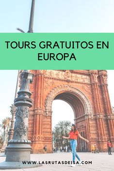 Tours a pie gratuitos para conocer la historia de la ciudad y poder entender donde estas! Budapest, Tours, Eurotrip, Travel Tips, Places To Go, Wanderlust, Building, Instagram, Blog